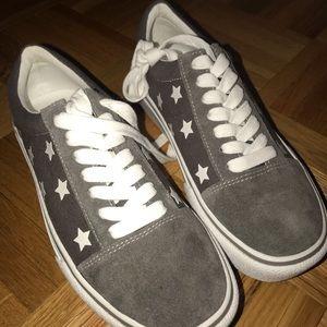Steve Madden Grey Platform Star Sneaker